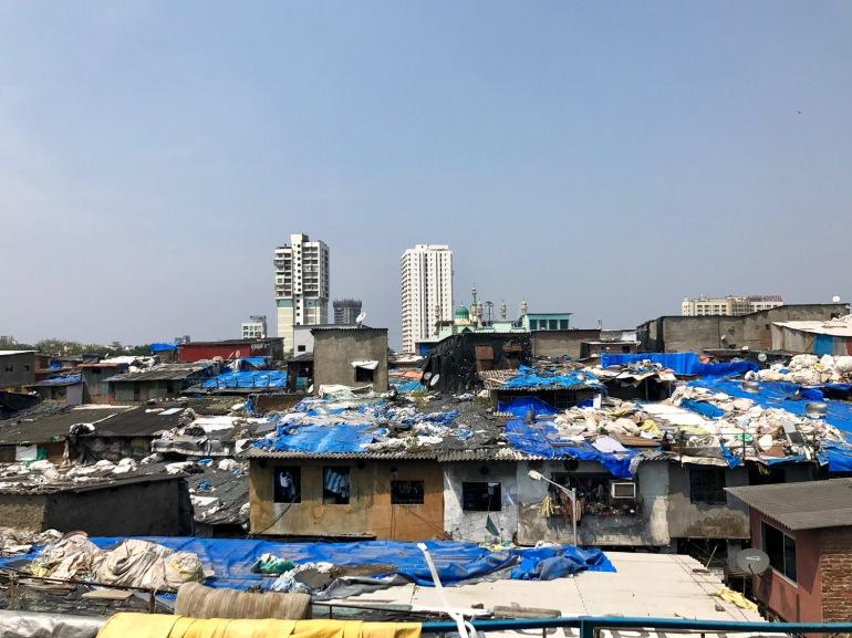 Dharavi, : le plus grand bidonville d'Asie, à Bombay