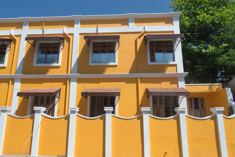 Pondichéry_façadejaune_India25022018_01